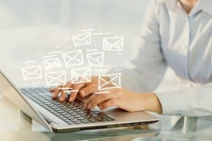 "7 Rules to Make Your Emails ""Rule"""